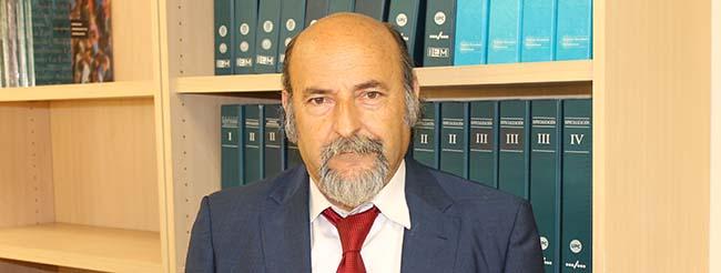 """Federico Fernández ministra a conferência """"Como preparar e apresentar propostas para solicitações de Projetos"""" na Bolívia"""