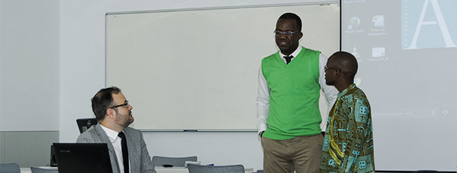 Bolsistas angolanos da FUNIBER apresentam projeto final do Mestrado no campus da UNEATLANTICO