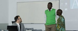 Dois alunos bolsistas angolanos pela FUNIBER defenderam presencialmente o trabalho final do Mestrado no campus da Universidade em Santander (Espanha).