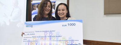 funiber-entrega-prêmio-do-iv-concurso-publicação-solidária-no-iii-encontro-de-educação