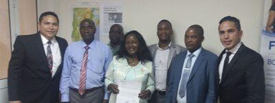 alunos-de-doutorado-defendem-suas-teses-presencialmente-em-mocambique