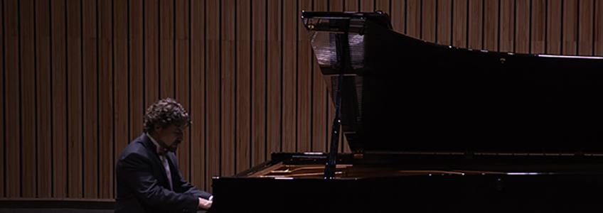 Pianista José Luis Nieto prevê retorno aos palcos
